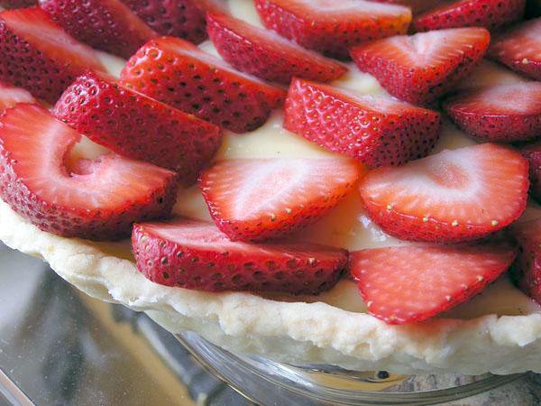 Recipe: White Balsamic Custard & Strawberry Tart   The Domestic ...